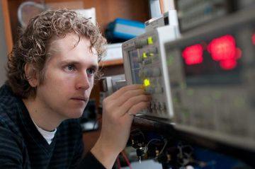 Strain Sensors from Nanotube Log Jams